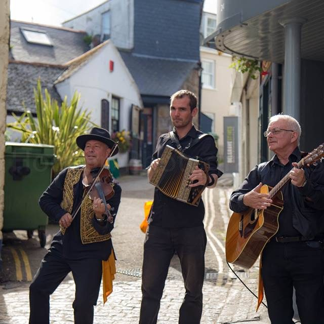 Musicians at St Ives