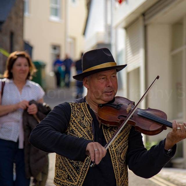 Musician Andrew at St Ives